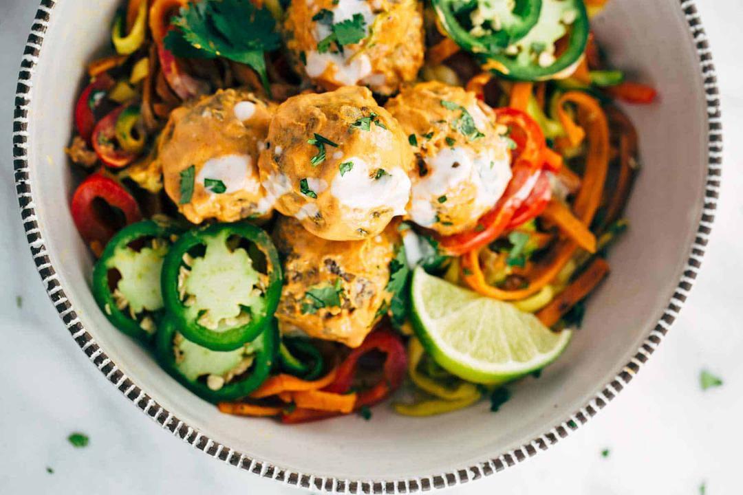 椰子咖喱肉丸与蔬菜面条 菜谱   赛厨易