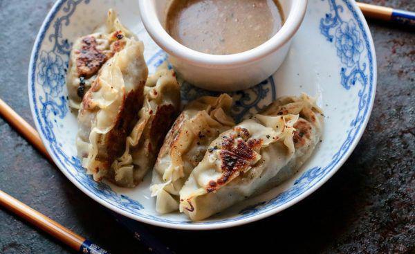 芝麻酱蘑菇饺子 菜谱 | 赛厨易