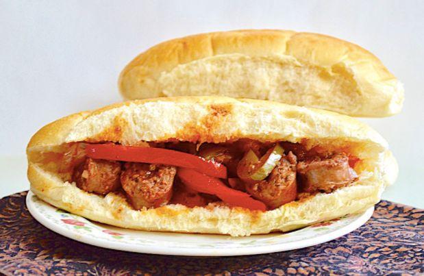 香肠胡椒洋葱三明治 菜谱   赛厨易