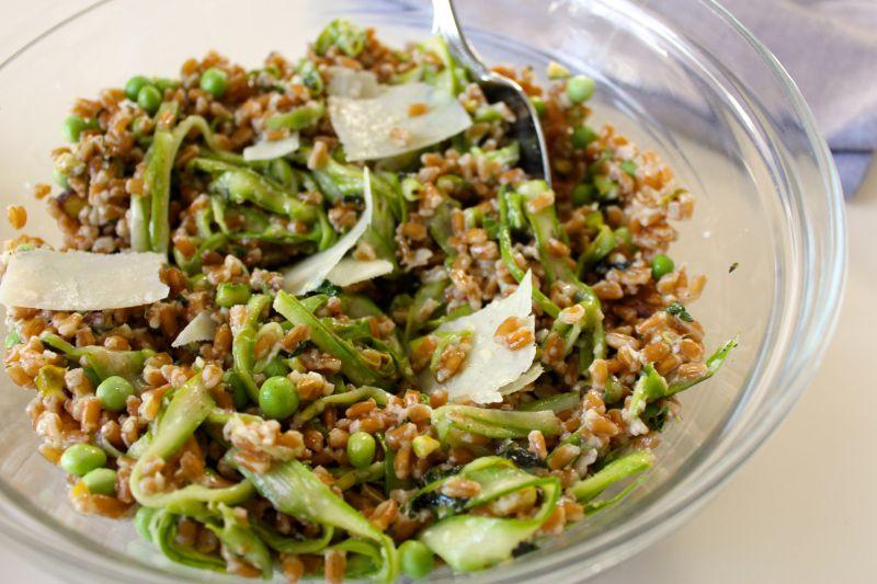 芦笋豌豆和佩科里诺干酪 菜谱 | 赛厨易