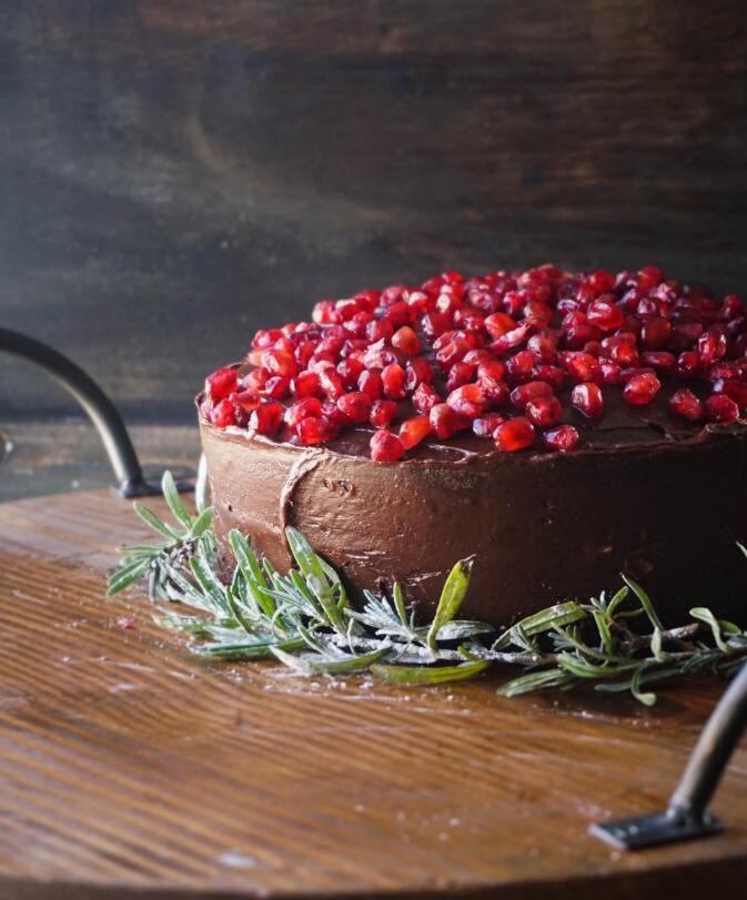 艾娜的巧克力蛋糕配摩卡糖霜 菜谱 | 赛厨易