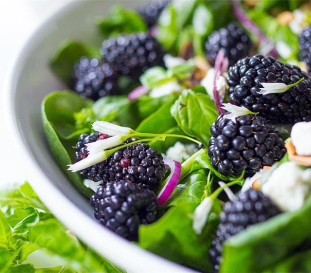 黑莓罗勒沙拉 菜谱 | 赛厨易